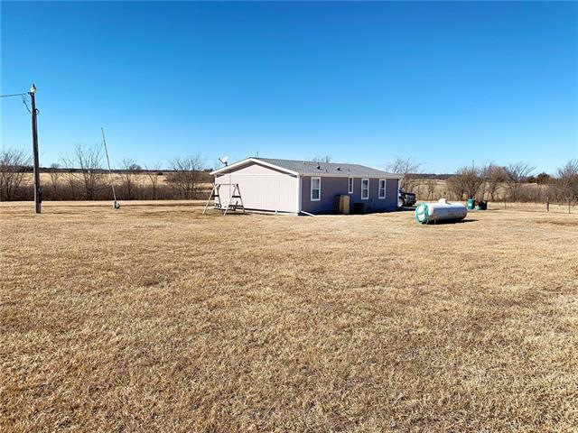 25820 NE Woodson Road Property Photo - Centerville, KS real estate listing