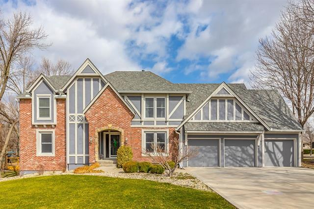 11004 W 126th Street Property Photo - Overland Park, KS real estate listing