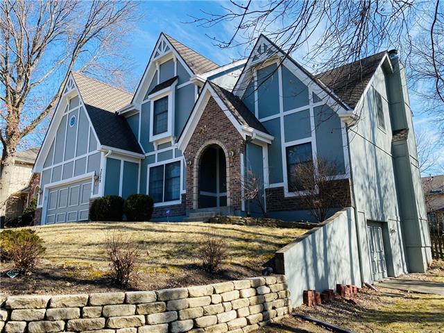 3229 Grand Avenue Property Photo - Leavenworth, KS real estate listing