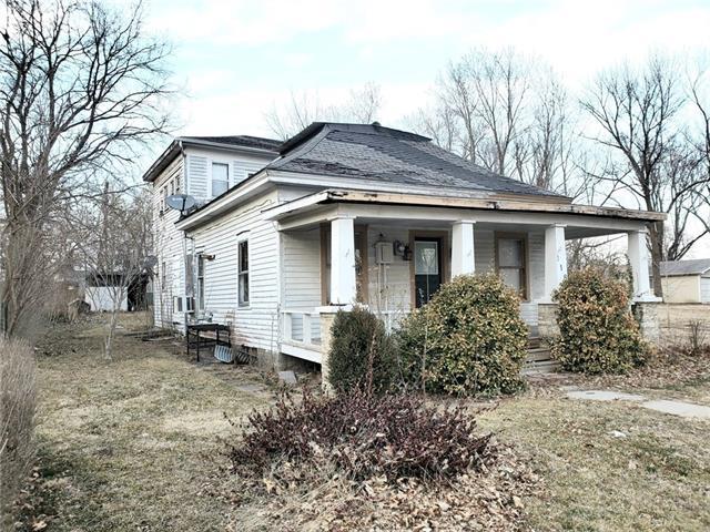 118 pacific Avenue Property Photo - Osawatomie, KS real estate listing