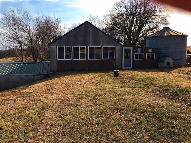 24592 Holt 270 Road Property Photo - oregon, MO real estate listing