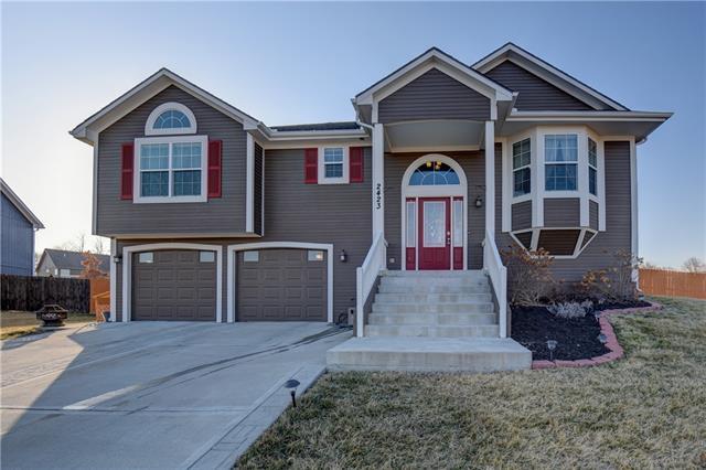 2423 Gettysburg Drive Property Photo - Leavenworth, KS real estate listing