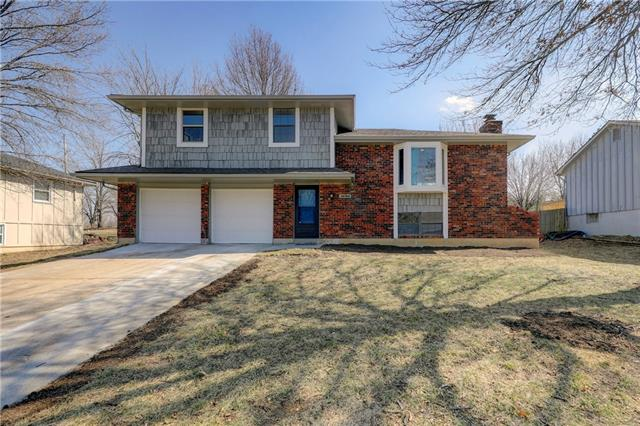 14703 Pine View Drive Property Photo - Grandview, MO real estate listing