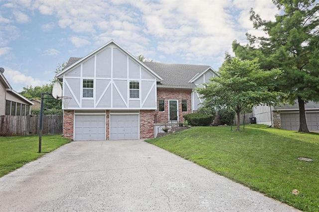 403 Airway Circle Property Photo - Belton, MO real estate listing