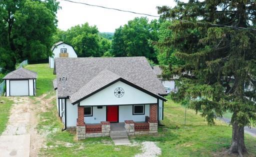 1241 Douglas Avenue Property Photo