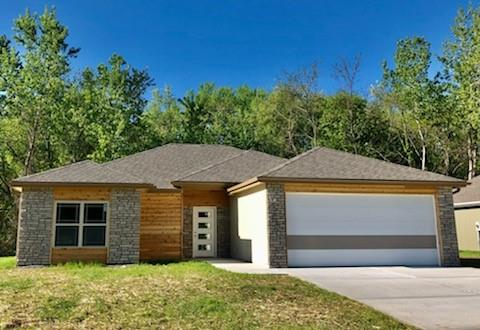 1313 Kristie Circle Property Photo - Excelsior Springs, MO real estate listing