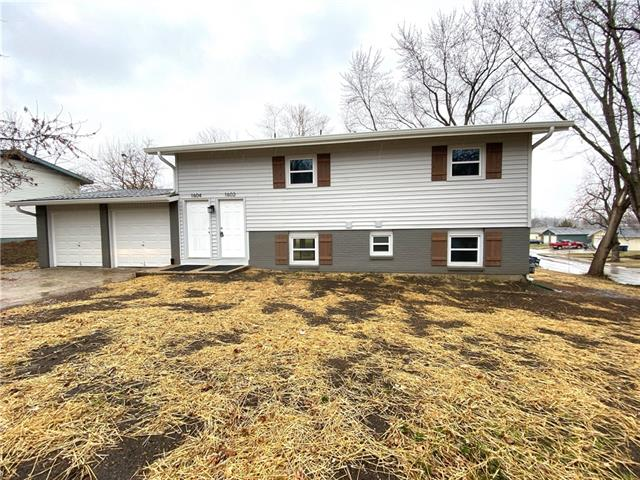 1602-1604 W 25th Street Property Photo - Lawrence, KS real estate listing