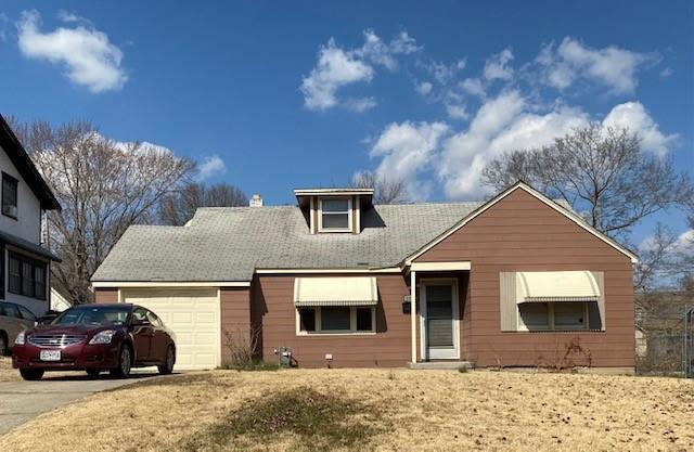 2236 E 70th Street Property Photo - Kansas City, MO real estate listing