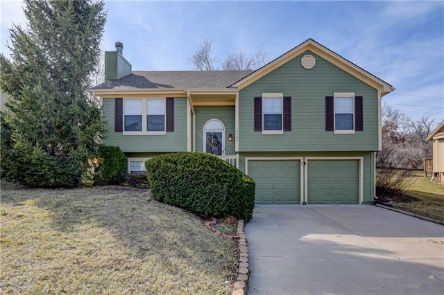 14920 Stonewood Drive Property Photo - Grandview, MO real estate listing