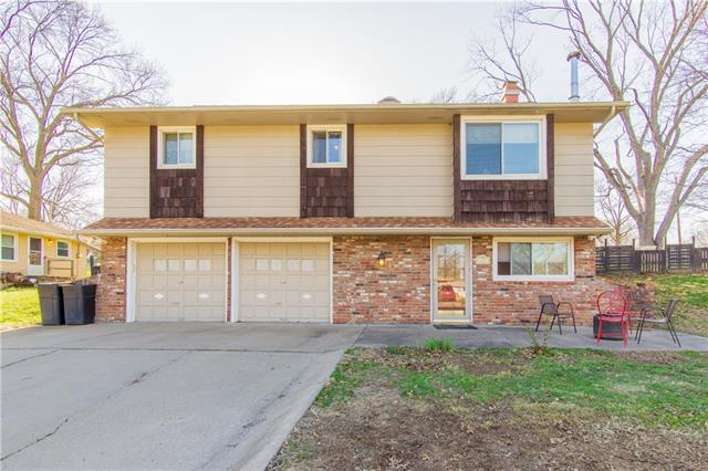 204 Topeka Avenue Property Photo - Leavenworth, KS real estate listing
