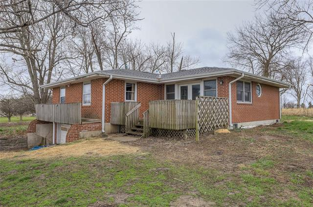 28118 S WALKER Road Property Photo - Harrisonville, MO real estate listing