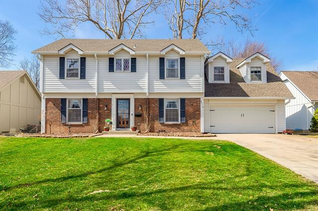 9912 Wedd Drive Property Photo - Overland Park, KS real estate listing