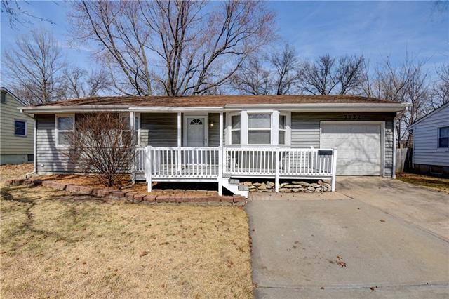 7722 NE 55th Street Property Photo - Kansas City, MO real estate listing