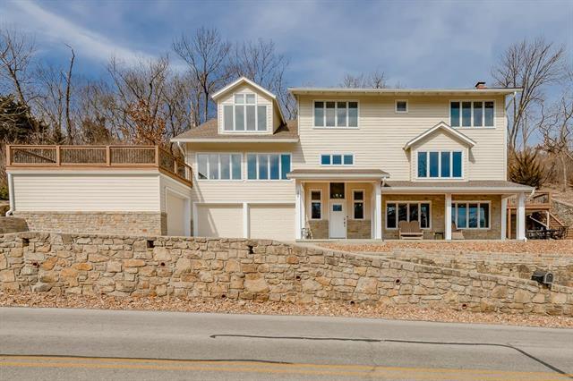 286 Lakeshore Drive Property Photo - Lake Quivira, KS real estate listing