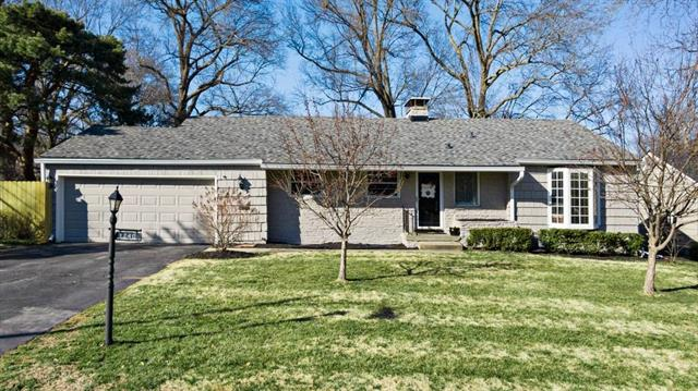 1240 W 68th Terrace Property Photo - Kansas City, MO real estate listing