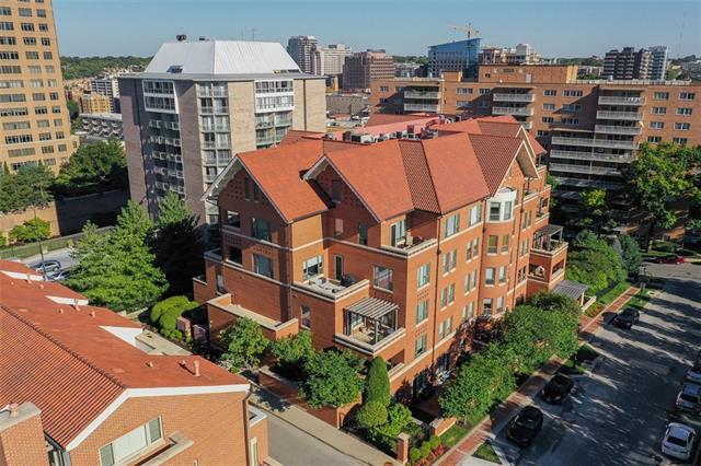 4900 Central Street #101 Property Photo