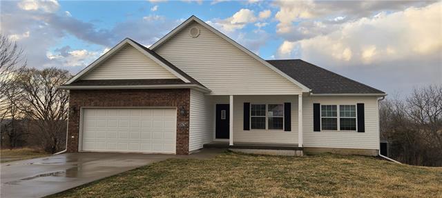 11707 Ridgeway Drive Property Photo - St Joseph, MO real estate listing