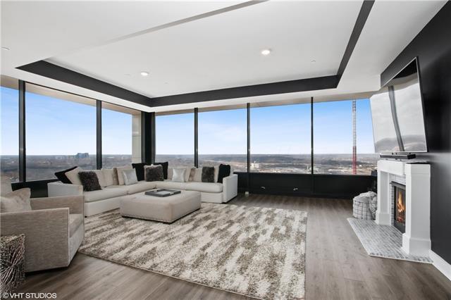 700 W 31st Street #1406 Property Photo