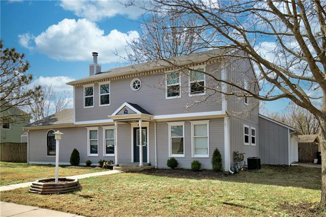 401 Tallgrass Drive Property Photo - Lawrence, KS real estate listing