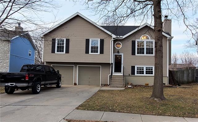 10 NW 112th Street Property Photo - Kansas City, MO real estate listing