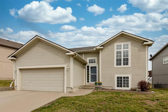 12205 N Atkins Avenue Property Photo - Kansas City, MO real estate listing
