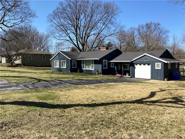 6516 W 77th Terrace Property Photo - Overland Park, KS real estate listing