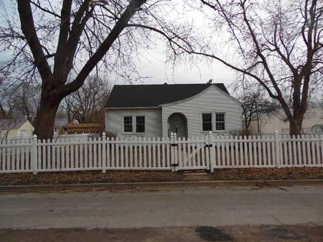 302 SW 7th Terrace Property Photo - Concordia, MO real estate listing