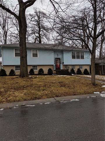 9800 Hocker Drive Property Photo - Merriam, KS real estate listing