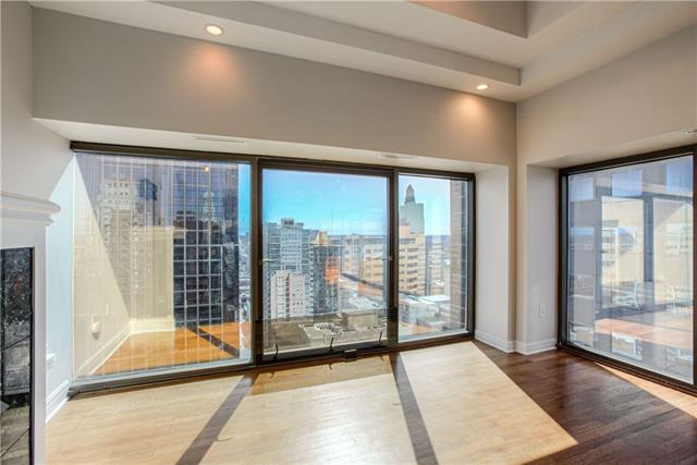 1101 Walnut Street #1907 Property Photo - Kansas City, MO real estate listing