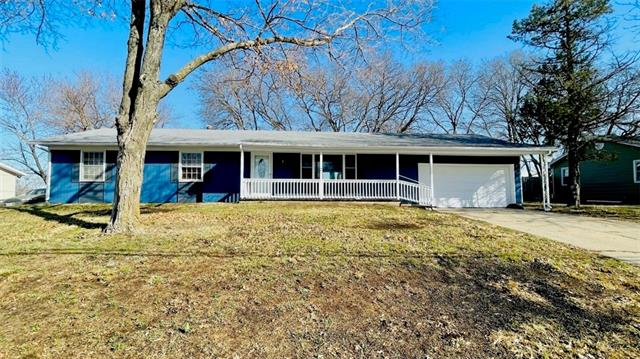 3411 Lake Trenton Drive Property Photo - Trenton, MO real estate listing