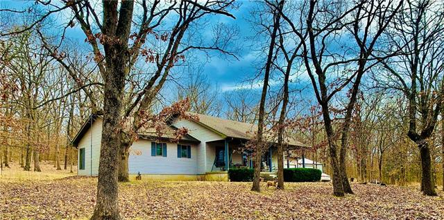 7180 SE 375 Road Property Photo - Collins, MO real estate listing