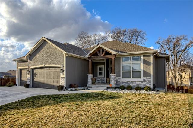 1418 NE 108th Street Property Photo - Kansas City, MO real estate listing