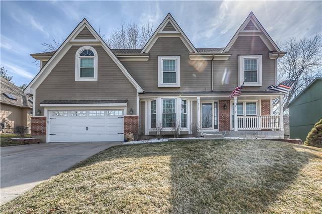 8105 NW Waukomis Drive Property Photo - Kansas City, MO real estate listing