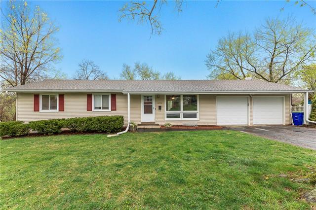 12202 W 70th Terrace Property Photo - Shawnee, KS real estate listing