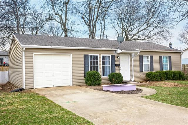 6405 E 152nd Street Property Photo - Grandview, MO real estate listing