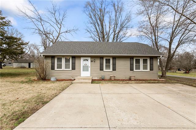 510 E HULETT Street Property Photo - Edgerton, KS real estate listing