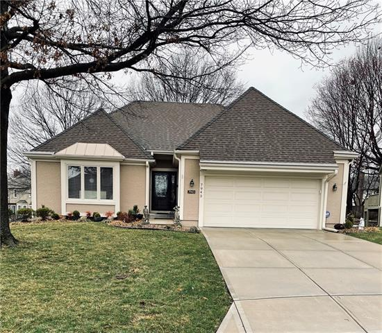 7943 W 118th Place Property Photo - Overland Park, KS real estate listing