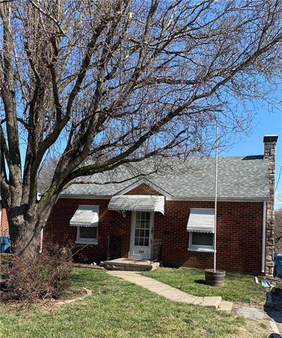 525 S Ralston Street Property Photo - Sugar Creek, MO real estate listing