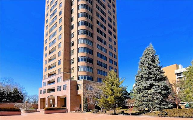 400 W 49th Terrace #2062 Property Photo - Kansas City, MO real estate listing