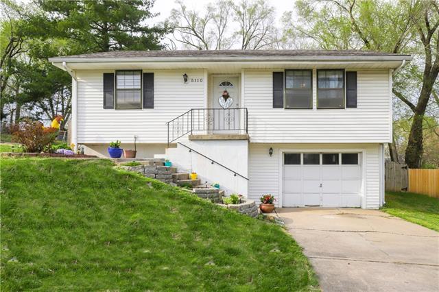 5110 NE 45th Street Property Photo - Kansas City, MO real estate listing