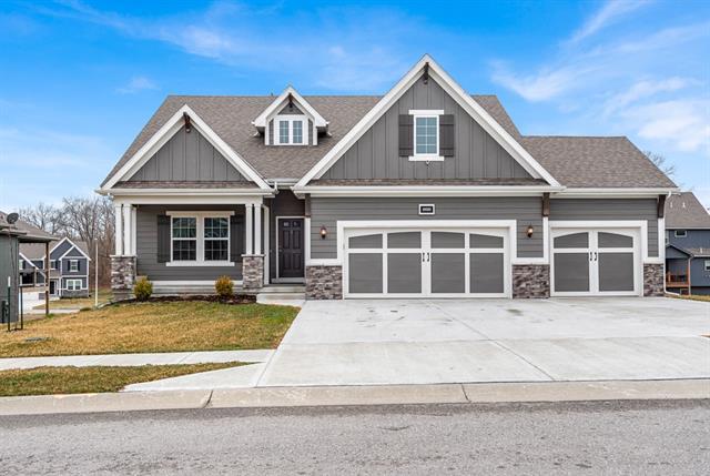 10020 N Lister Avenue Property Photo