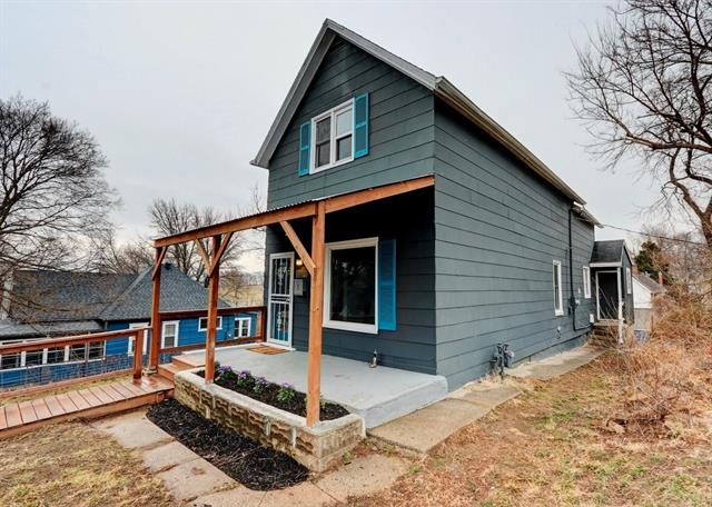 121 Brooklyn Avenue Property Photo - Kansas City, MO real estate listing