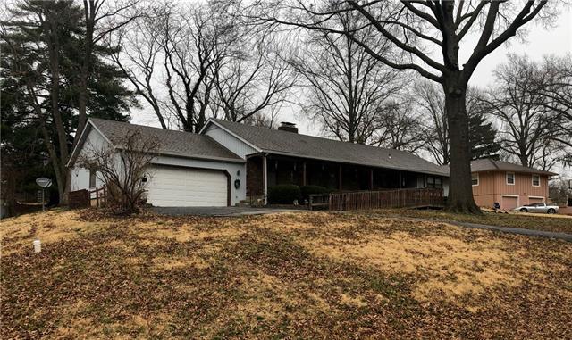 8712 Greeley Drive Property Photo - Kansas City, KS real estate listing