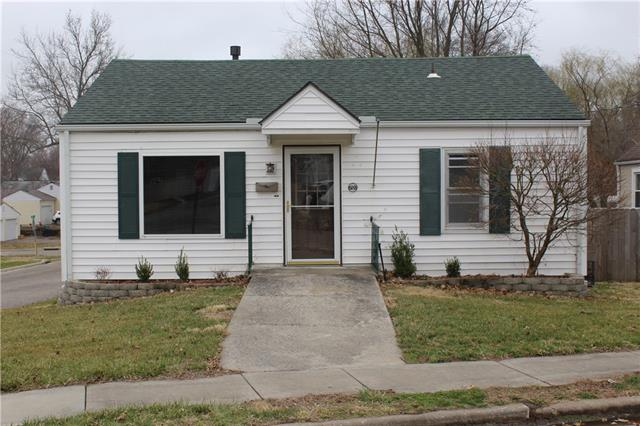 701 W 26th Street Property Photo - Higginsville, MO real estate listing