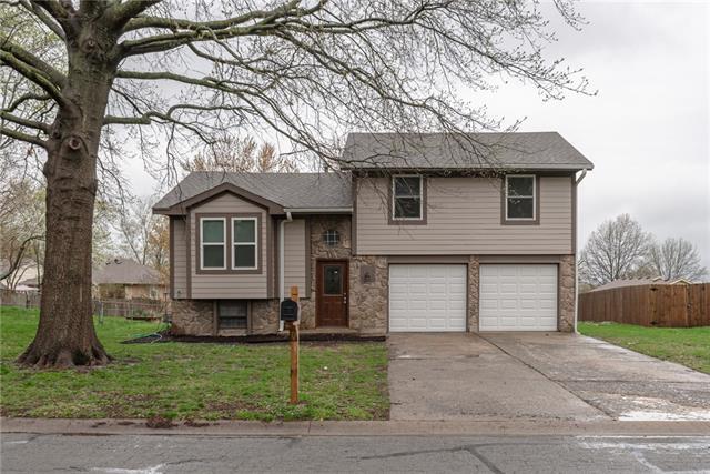 302 Se Flagstone Drive Property Photo