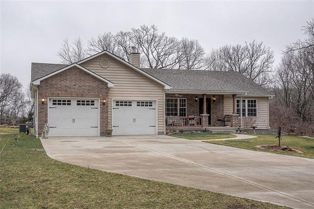 30100 E Heidelberger Road Property Photo - Buckner, MO real estate listing