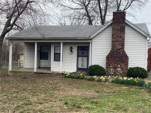 229 N Crescent Avenue Property Photo - Independence, MO real estate listing