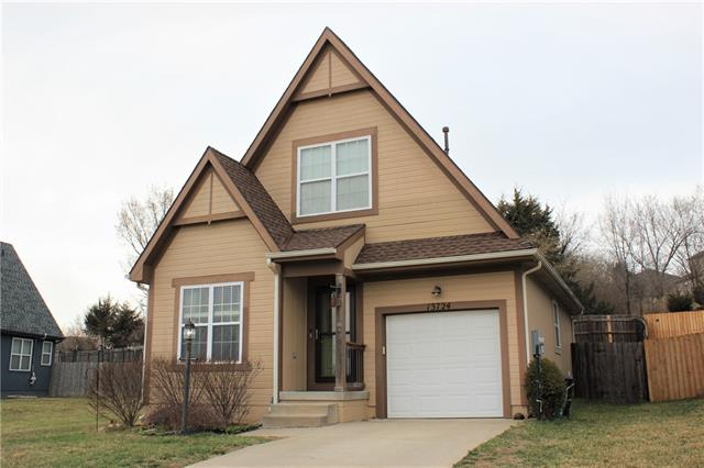 13724 Leigh Drive Property Photo - Bonner Springs, KS real estate listing