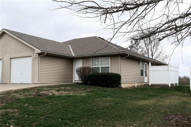 501 Jackson Street Property Photo - Louisburg, KS real estate listing