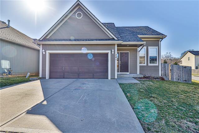 741 E 124th Street Property Photo - Kansas City, MO real estate listing
